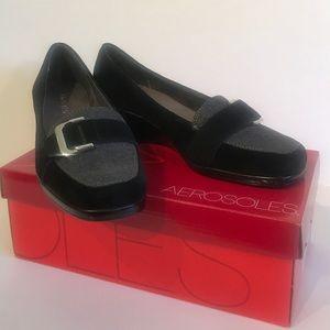 Aerosoles Women's Black Wedge Pump - size 9.5